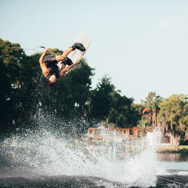 Wakeboard Breach Jump Jobe